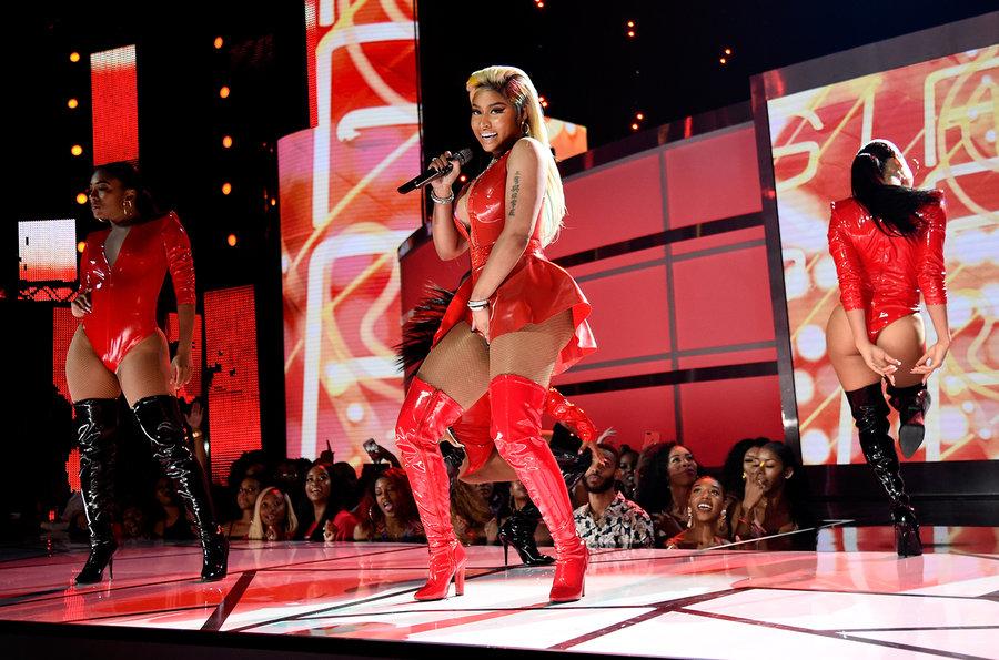 Nicki-Minaj-2018-bet-awards-billboard-s1548 – Rawthentiq